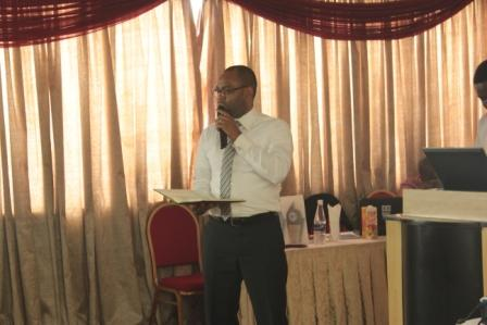 Mr. Baba Ikhazoboh, Executive Director, Dragnet Solutions, presents